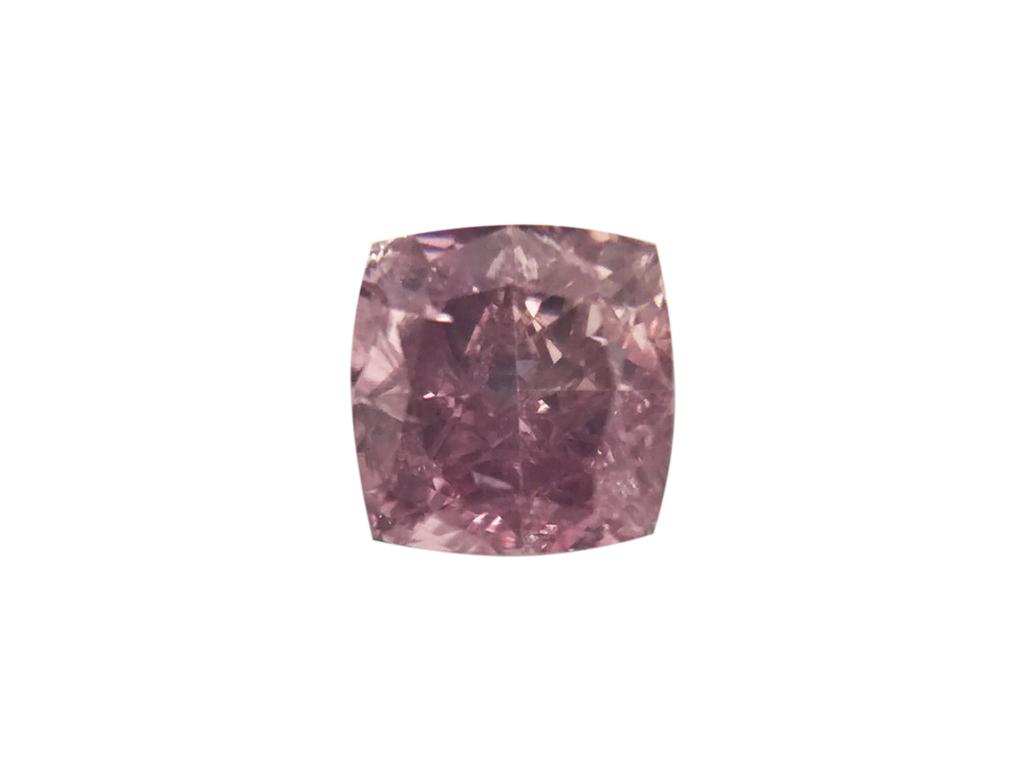 0.24ct 粉紅彩鑽石