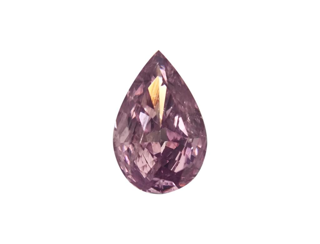 0.26ct 粉紅彩鑽石