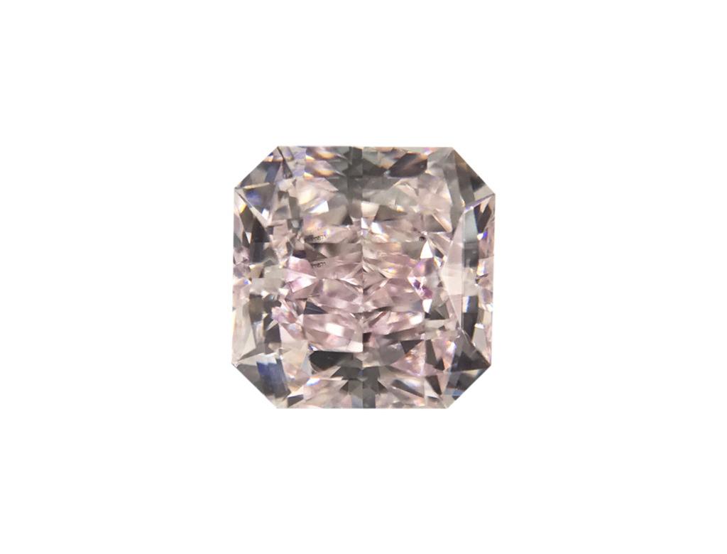 0.47ct粉紅彩鑽石