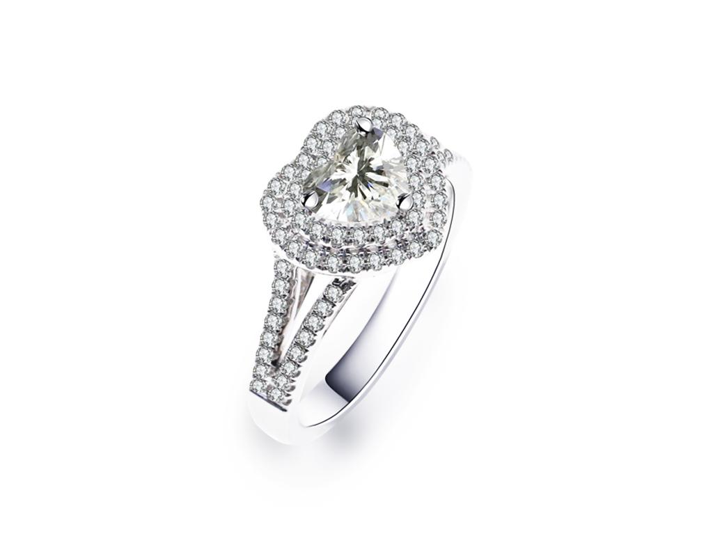 18K心形鑽石戒指