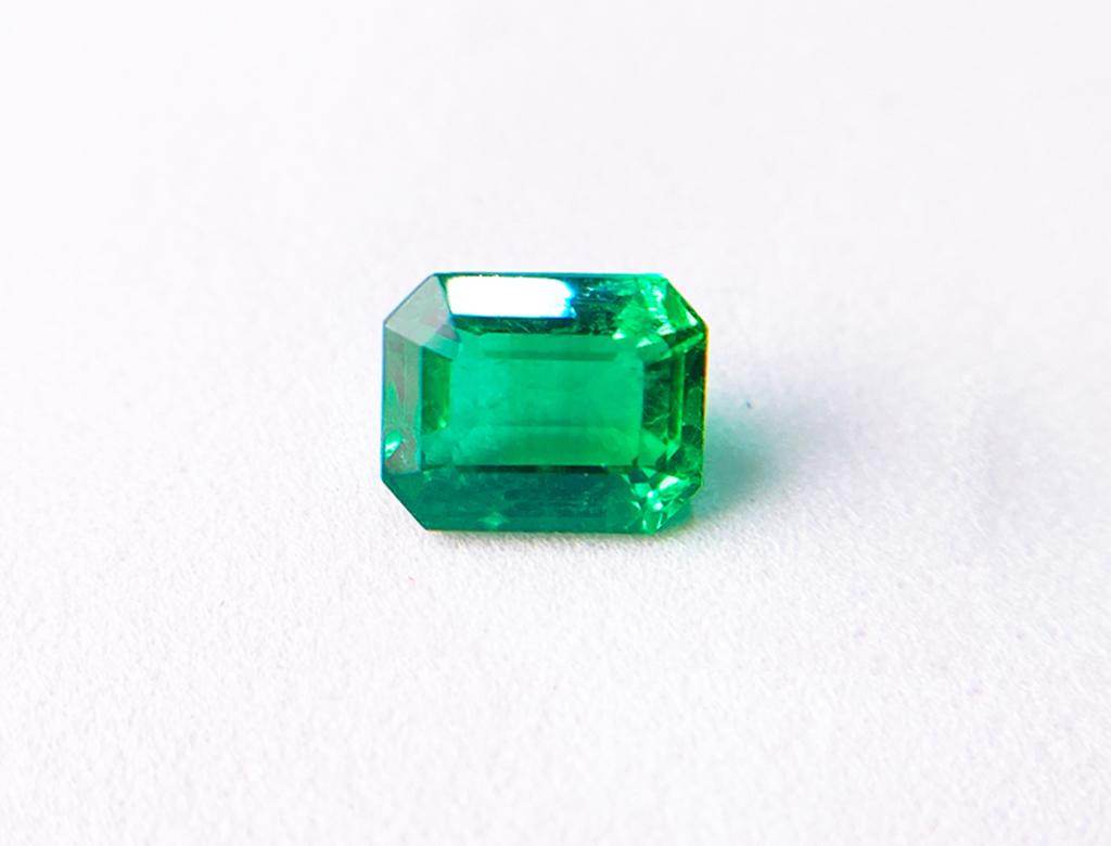3.00卡天然綠寶石