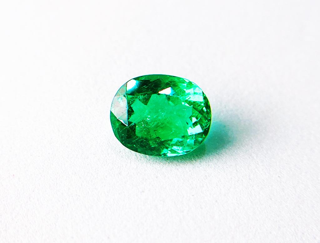 3.10卡天然綠寶石