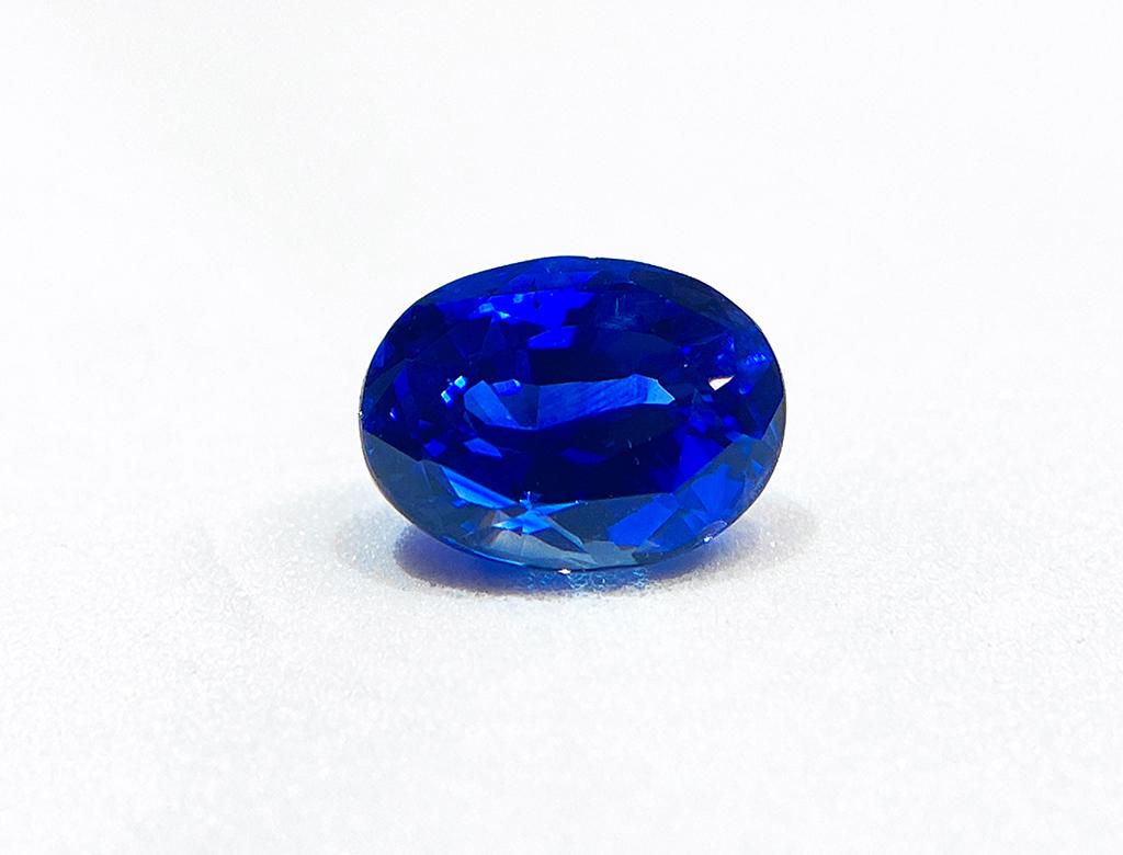3.48卡天然藍寶石