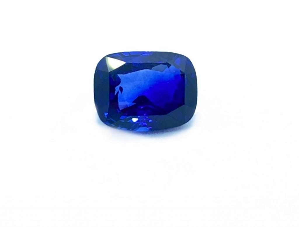 4.10卡天然藍寶石